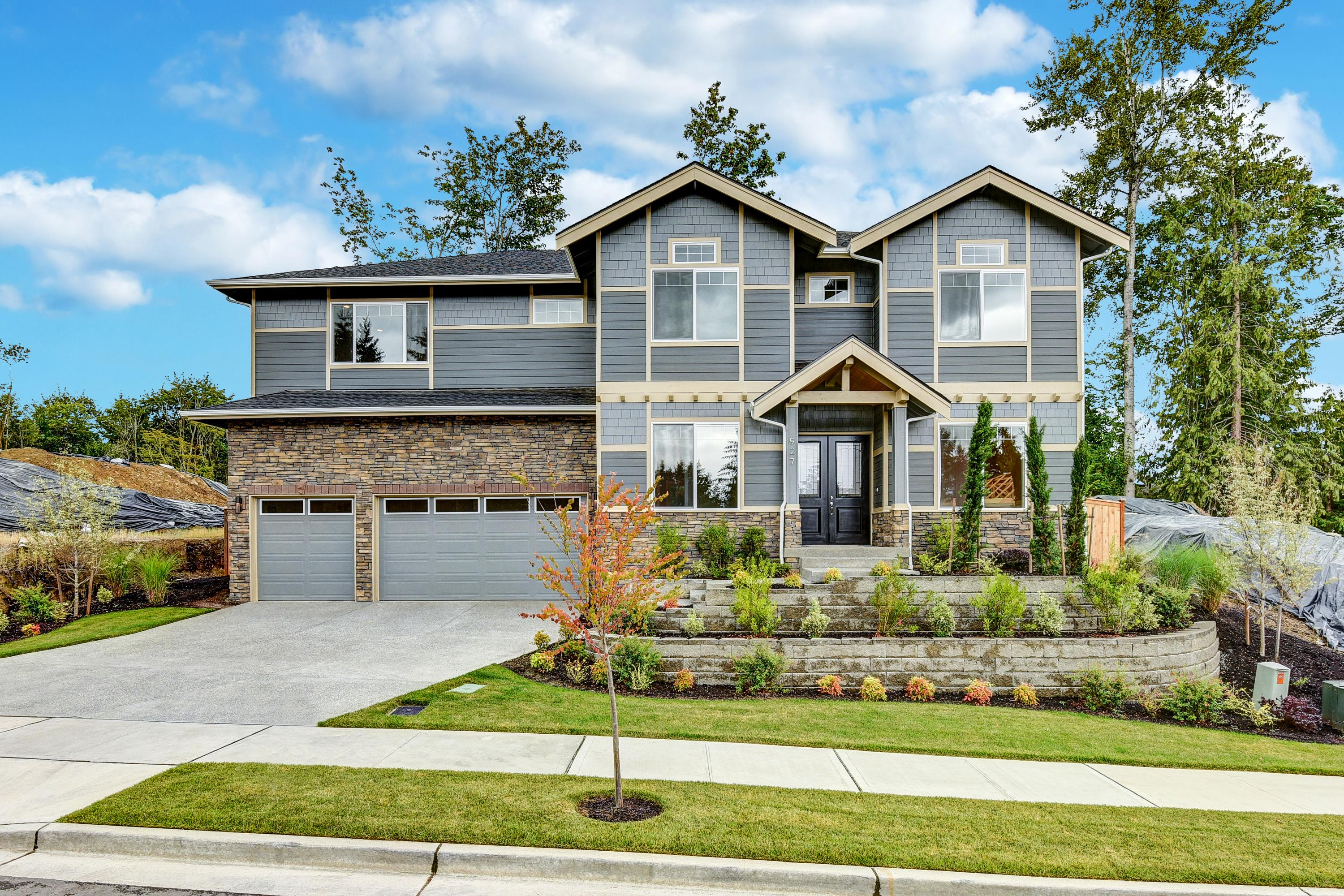 Peachy New Homes In Washington State How To Buy In A Hot Real Home Interior And Landscaping Pimpapssignezvosmurscom